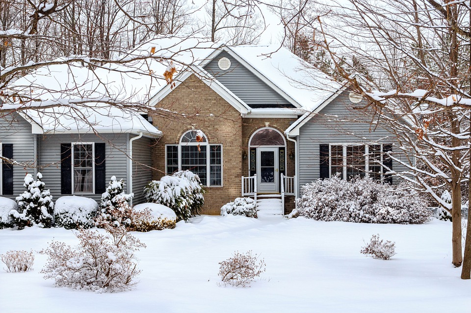 Winter home selling tips from Chris Sneed realtor.